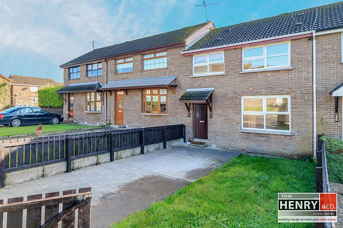 6 MULLAGHMORE PARK